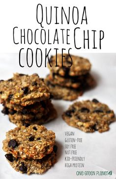 Vegan Quinoa Chocolate Chip Cookies {I could be taking quinoa too far here}