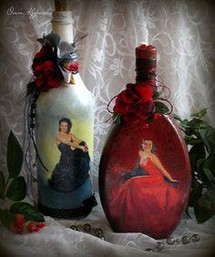 Декор, декупаж бутылок. Decoupage. 2016 Glass Bottle Crafts, Diy Bottle, Bottle Art, Bottle Garden, Bottles And Jars, Glass Bottles, Jar Crafts, Diy And Crafts, Recycled Wine Bottles