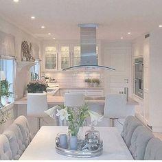 T h a y n a ♡ K a r o l a y n e Glam Home decor clean kitchen Decoração cozinha clean Style At Home, Interior Design Living Room, Interior Decorating, Decorating Ideas, Kitchen Interior, Decor Ideas, Küchen Design, Floor Design, Design Trends