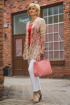 50+ Gorgeous Summer Outfits for Women Over 40 Years Old #women'sfashionover50yearolds #women'sfashion50yearolds #women'sfashionover60yearolds #women'sfashion40yearolds