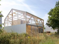 Blurring Boundaries: 10 Projects Fusing Polycarbonate and Timber - Architizer