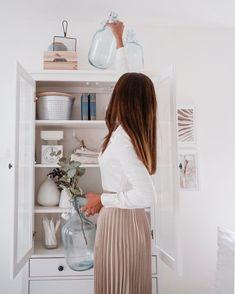 """. . �������  � on Instagram: """"re-organize it 🌾  Zeit, etwas sommerliches Flair in die Wohnung zu bringen !  Weiß, Beige- und Grautöne, zusammen mit Naturmaterialien...…�"""