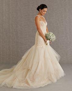 Gorgeous Veluz Reyes Wedding Dresses. To see more: http://www.modwedding.com/2014/01/09/gorgeous-veluz-reyes-wedding-dresses/ #wedding #weddings #fashion