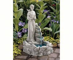 The Design Toscano Natures Blessed Prayer St. Francis Sculptural Fountain is a sweet addition to your garden. Indoor Water Fountains, Garden Fountains, Garden Statues, Outdoor Fountains, Wall Fountains, Garden Sculptures, Laura Lee, St Francis Statue, Prayer Garden