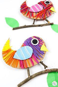 Easy Yarn Crafts, Yarn Crafts For Kids, Bird Crafts, Recycled Crafts Kids, Animal Crafts For Kids, Easy Arts And Crafts, Spring Crafts For Kids, Leaf Crafts, Toddler Crafts