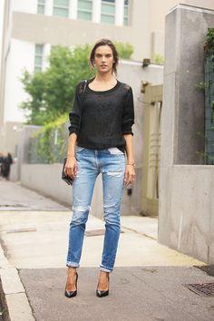 Alessandra Ambrosio #MFW SS15 #streetstyle #model