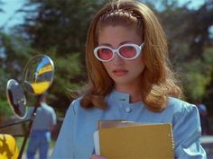 jawbreaker rebecca gayheart Movie Presenting some of the most underrated movie fashions. Aesthetic Movies, 90s Aesthetic, Summer Aesthetic, Rebecca Gayheart, 90s Icons, Photo Deco, 90s Outfit, Spice Girls, How To Make Shorts
