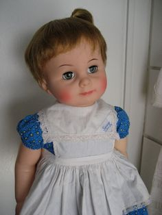 IDEAL Vintage Doll Playpal 28 inch Saucy Walker - I love the face on this doll