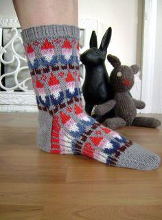Gnome Socks pattern by spillyjane on Etsy