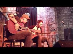 The ShowHawk Duo Live at Tron Kirk Edinburgh 2013 (Dance anthems on two guitars)