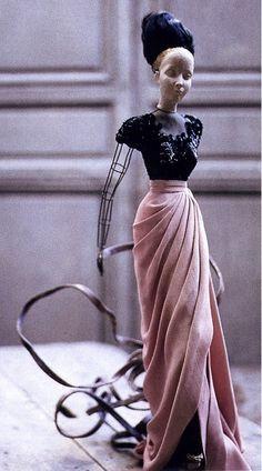 Evening dress Jean Patou Théâtre de la Mode 1945