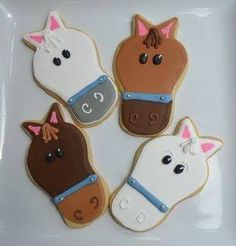 Horse cookies, Emma would like these! Brownie Cookies, Sugar Cookies, Fancy Cookies, Horse Cookies, Horse Treats, Horse Cake, Derby Party, Pony Party, Cookie Designs