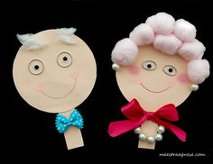 This Pin was discovered by hat Grandparents Day Activities, Activities For Kids, Easy Crafts, Diy And Crafts, Paper Crafts, Diy For Kids, Crafts For Kids, Grandmother's Day, Preschool Arts And Crafts