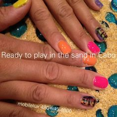 Nails for my clients trip to Cabo palmtreenailart beach nail art mobilelux 480-945-4000 nailart by lulu Scottsdale Phoenix Mesa Tempe