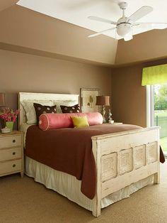 Love the color for a beach/sandy themed room...wanting to do most of my rooms like this just have my room and the bathroom different colors.