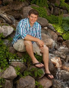 Senior pictures for guys at a lake senior guys gallery chris lommel photogr