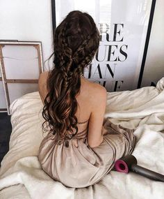 Beautiful Braid Hairstyle on The Fashion Fraction. xo Beautiful Braid Hairstyle on The Fashion Fraction. Cool Braid Hairstyles, Pretty Hairstyles, Wedding Hairstyles, Pigtail Hairstyle, Bun Updo, Hairstyle Ideas, Straight Hairstyles, Couleur Ombre Hair, Luxy Hair Extensions