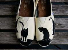 I seriously want these..    Black Cat Tom  I supply the Tom by ShoeTrip on Etsy, $89.00