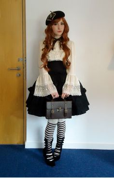 Love the blouse! The whole coord is cute, aside from the busyness on the legs. But I need the blouse.