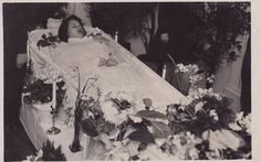 Antique Post-Mortem Photograph - Young Lady In Coffin - Funeral - Mourning