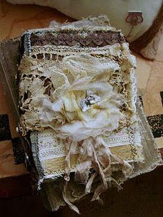 utube tutorials on simple cardstock books!