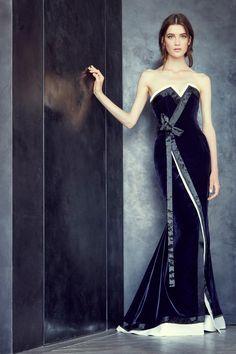 Navy Velvet Alexis Mabille Fall/Winter 2015-2016 Fashion Show