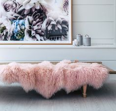 Hides of Excellence throw rugs made from genuine Mongolian sheepskin throw, dyed a pretty pink blush, will is a versatile home decor accent. Whether used as soft under foot floor rug or indulgent cosy throw over furniture, you will transform the c. Decor Interior Design, Interior Design Living Room, Room Interior, Sheepskin Throw, Large Beds, Bed Runner, Rug Making, Floor Rugs, Throw Rugs