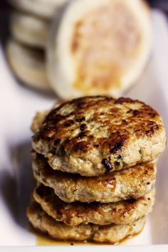 These easy country-style breakfast chicken sausage patties are savoy, juicy and jam-packed with herbs and spiced perfectly. How To Make Breakfast, Easy Healthy Breakfast, Best Breakfast, Breakfast Recipes, Homemade Breakfast, Breakfast Buffet, Vegetarian Breakfast, Healthy Breakfasts, Healthy Meals