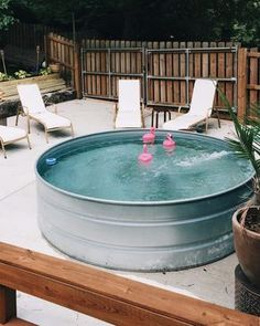 Alberca metálica industrial jardín Garden rustic pool vintage