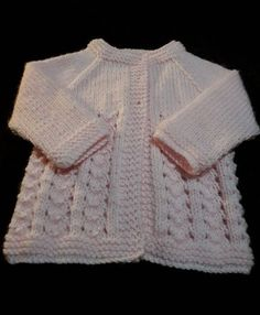 Sophie Baby Cardigan It's amazing what bringing together a few little purls will do for your project. The Sophie Baby Cardigan is a free knit. Baby Cardigan Knitting Pattern Free, Knitted Baby Cardigan, Knit Baby Sweaters, Baby Hats Knitting, Sweater Knitting Patterns, Free Knitting, Crochet Patterns, Baby Knits, Baby Patterns
