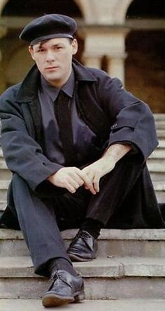 Billy Mackenzie - The Associates . Music Magpie, Fallen Heroes, My Favorite Music, Just Love, Blues, Idol, Romance, Memories, Composers