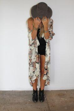 Kimono want  (http://www.arnhem.co/bowerbird-kimono-cinnamon-wildflower/)