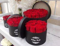 #vintageworld #flower #flowerbox #virág #virágdoboz #red #rose