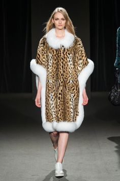 RoyalChie2015Collection #Royalchie #Fur #Fashion #Tokyo #Fukuoka #Party #Collection #celeb #毛皮 #モザイクドチエ #imaichie