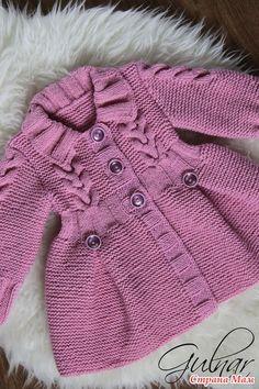 Пальто для девочки Baby Cardigan Knitting Pattern, Baby Knitting Patterns, Baby Patterns, Crochet Coat, Crochet Clothes, Crochet Baby, Knitted Hats Kids, Kids Frocks Design, Kids Coats
