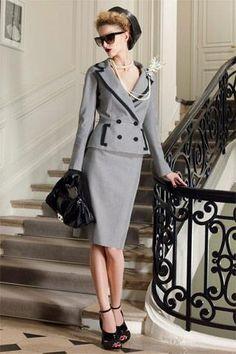 Стильные женские деловые костюмы юбки брюки оптом