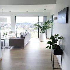 Åh.. Inspirasjon inspirasjon!  For ett hjem til @hanneromhavaas  DET kalles drømme hjem.  #gofollow #follow #interior4all #interior #interiordesign #inspiration #design #vakrehjem #instagood #instahome #goodmorning #interiør #inspo #scandinaviandesign #scandinaviandesign #funkis #funkishus #sfs
