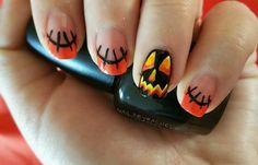 Uñas de Halloween: diseños, decoraciones, imágenes, uñas de halloween con calabaza.  Unete al CLUB #diseñodeuñas #instanails #uñasdiscretas