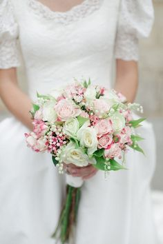 Delicate pinks and white - old fashioned vintage look don't you think?