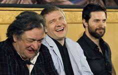 Never underestimate the power of Hobbit humor. Ken Stott, Martin Freeman, Richard Armitage