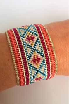 Cuff Bracelet handmade with high quality Miyuki Japanese beads. Loom Bracelet Patterns, Bead Loom Bracelets, Bead Loom Patterns, Woven Bracelets, Beading Patterns, Seed Bead Jewelry, Bead Jewellery, Beaded Jewelry, Handmade Jewelry