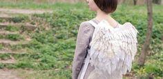 Voglia di volare con i vostri zaini lontano da qui? La stilista Olga Kotova ha per voi una idea! #spytwins #spyfashion #fashion #art #design #olgakotova #belarussia #belarus