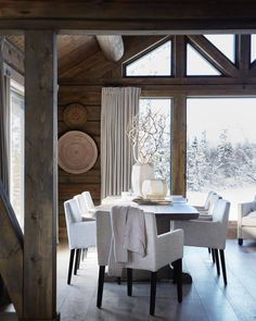 A Cozy Mountain Home in Norway (Gravity Home) Apartment Interior Design, Home Interior, Sweet Home, Gravity Home, Appartement Design, Modern Farmhouse Decor, Modern Rustic, Farmhouse Style, Rustic Interiors