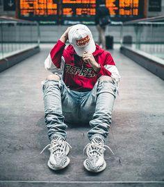 3 Eloquent Tricks: Urban Wear For Men korean urban fashion jackets.Urban Wear For Men urban fashion casual shirts. Streetwear Mode, Streetwear Shoes, Streetwear Fashion, Yeezy Outfit, Urban Apparel, Mode Masculine, Urban Fashion Girls, Mens Fashion, Fashion Menswear