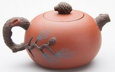 CHINESE YIXING ZISHA CLAY ARTISTIC MINIATURE TWO-TONE TEAPOT AND COVER