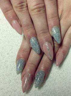 #prom #nails #silver #shinny #glitters
