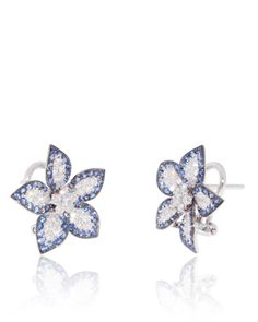 Flower Earrings with Blue Sapphires (0.90 ct) on the border, White Diamonds (0.70 ct) in the centre and petals in 18K white gold