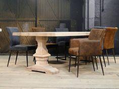 Eiken kloostertafel Vichy - uitgevoerd in arctic white Diy Dining Table, Arctic, Furniture, Home Decor, Decoration Home, Room Decor, Home Furnishings, Arredamento, Interior Decorating