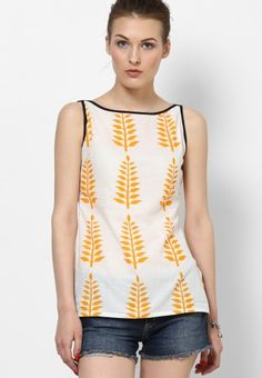 22 Ideas for sewing patterns for women tops tanks shirts Short Kurti Designs, Kurti Neck Designs, Blouse Designs, Kurti With Jeans, Boho Outfits, Fashion Outfits, Crop Top Designs, Western Tops, Short Tops