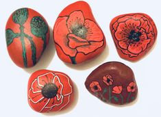 Remembrance poppy flower painted pebbles Remembrance poppy flower painted rocks Remembrance Poppy Flowers Dot Art Painting, Pebble Painting, Pebble Art, Stone Painting, Rock Painting, Rock Flowers, Poppy Flowers, Painted Pebbles, Painted Stones